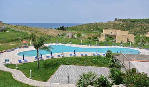 menfi-beach-resort-1.jpg